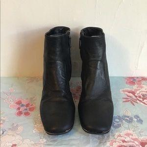 Prada Black Leather Bootie Sz 38 (8)
